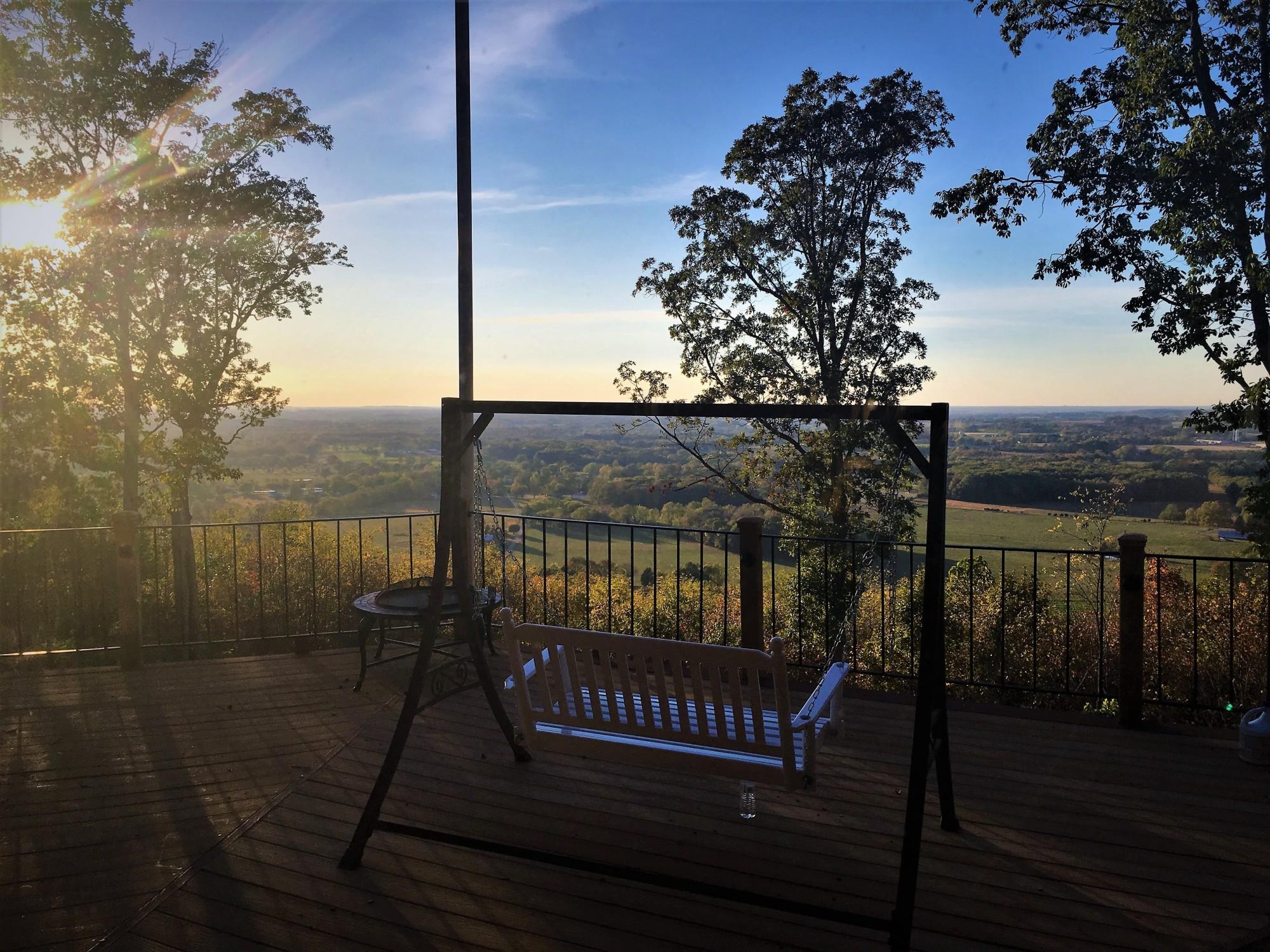 2018 Pelham Pointe Vacation Rental Cabin Monteagle